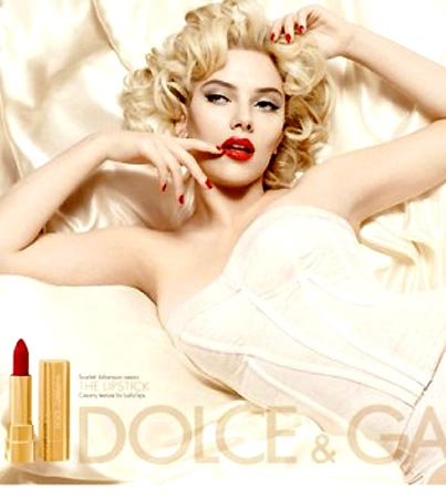 Scarlett Johansson Sexes Up Dolce & Gabbana