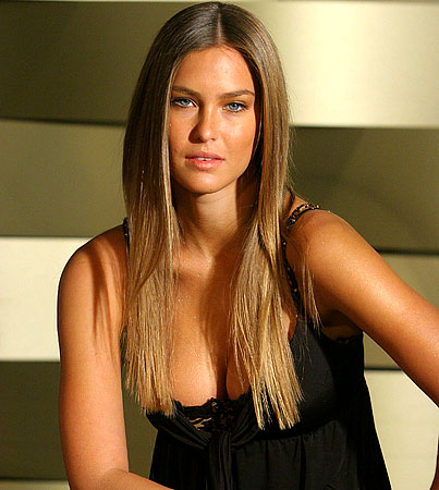 Report: Bar Refaeli Tapped for 'Sports Illustrated' 2009 Swimsuit Cover