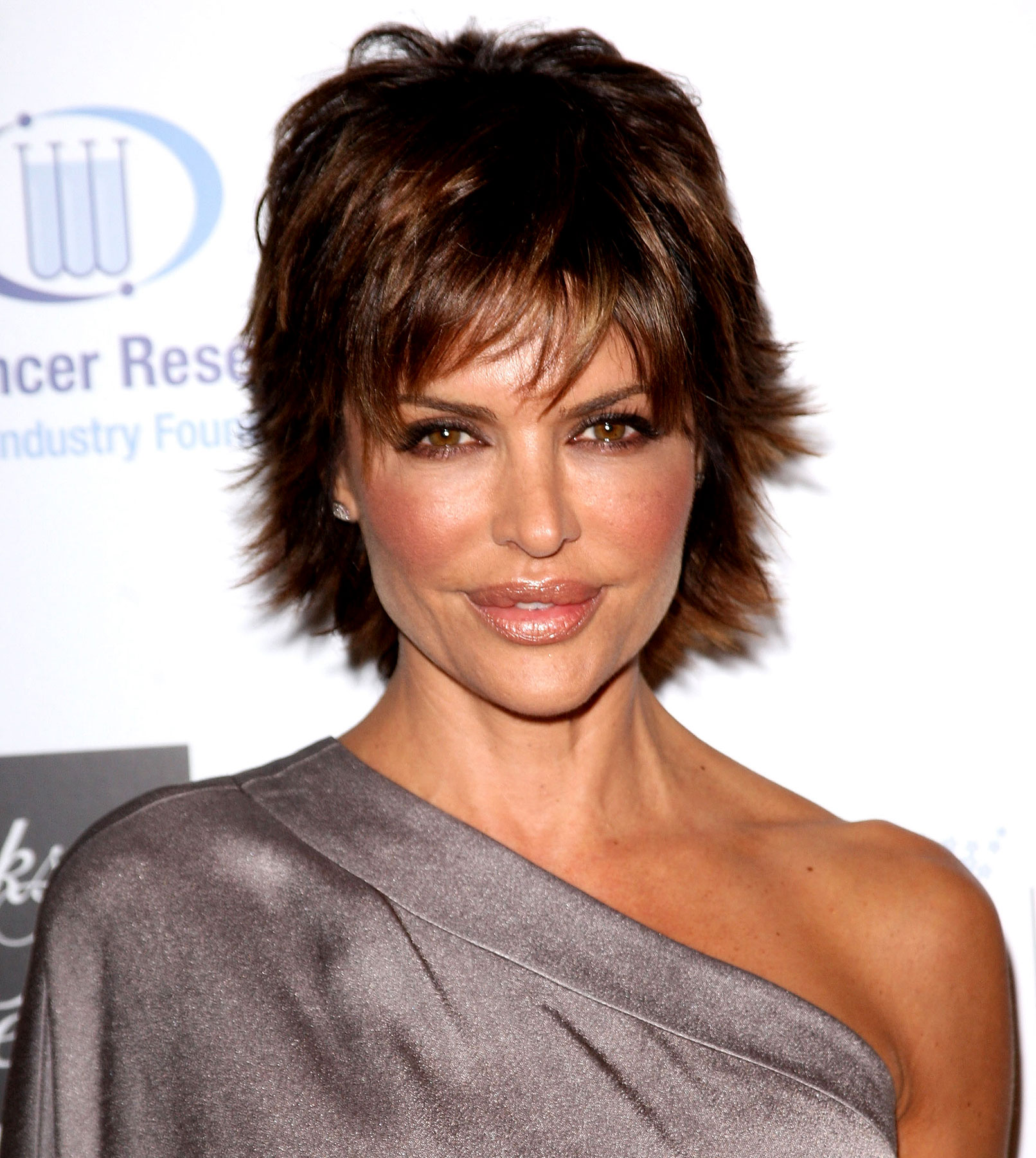 Lisa Rinna Promises Mucho 'Melrose' Catfights