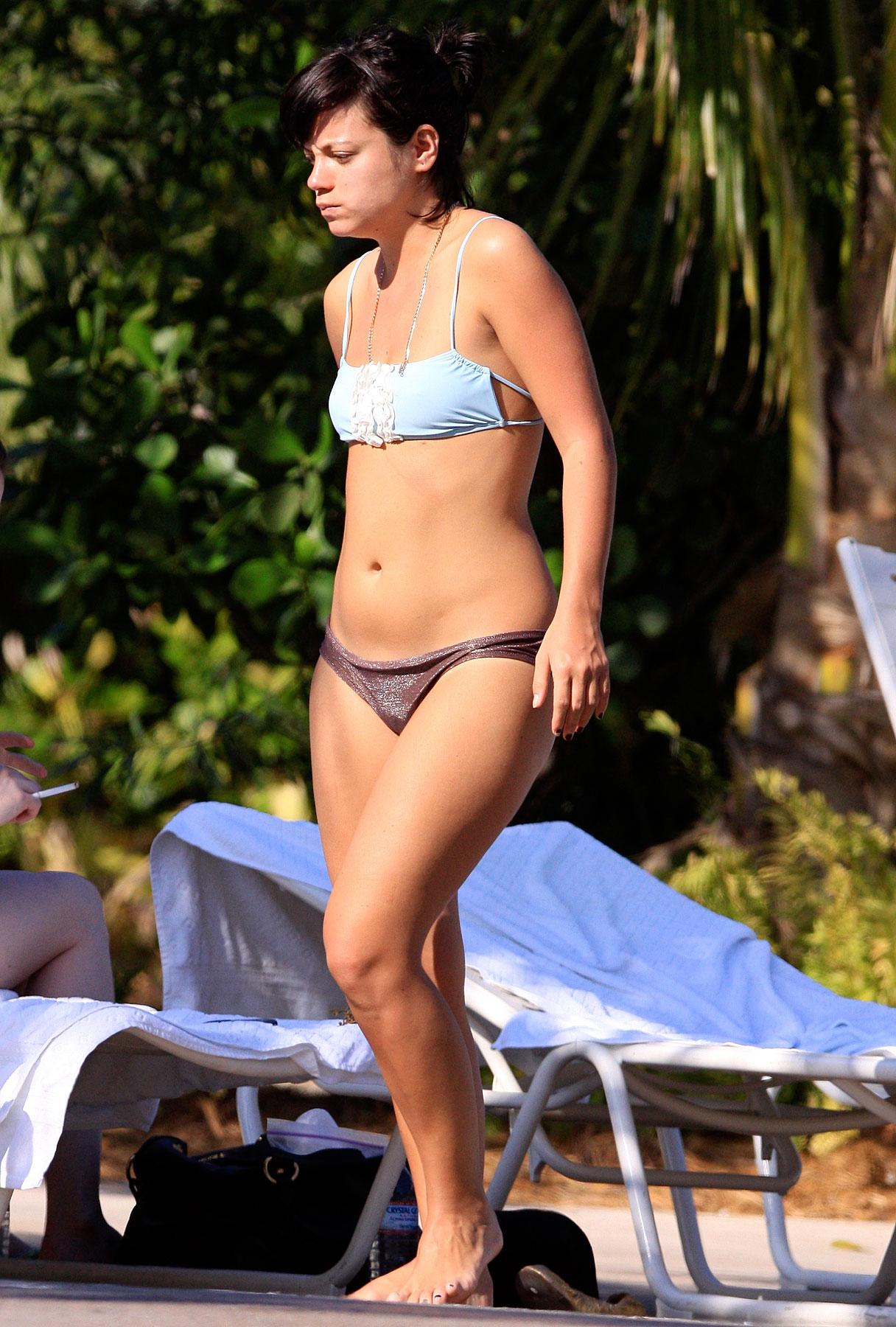 Lily Allen: Bikini Time in the Bahamas