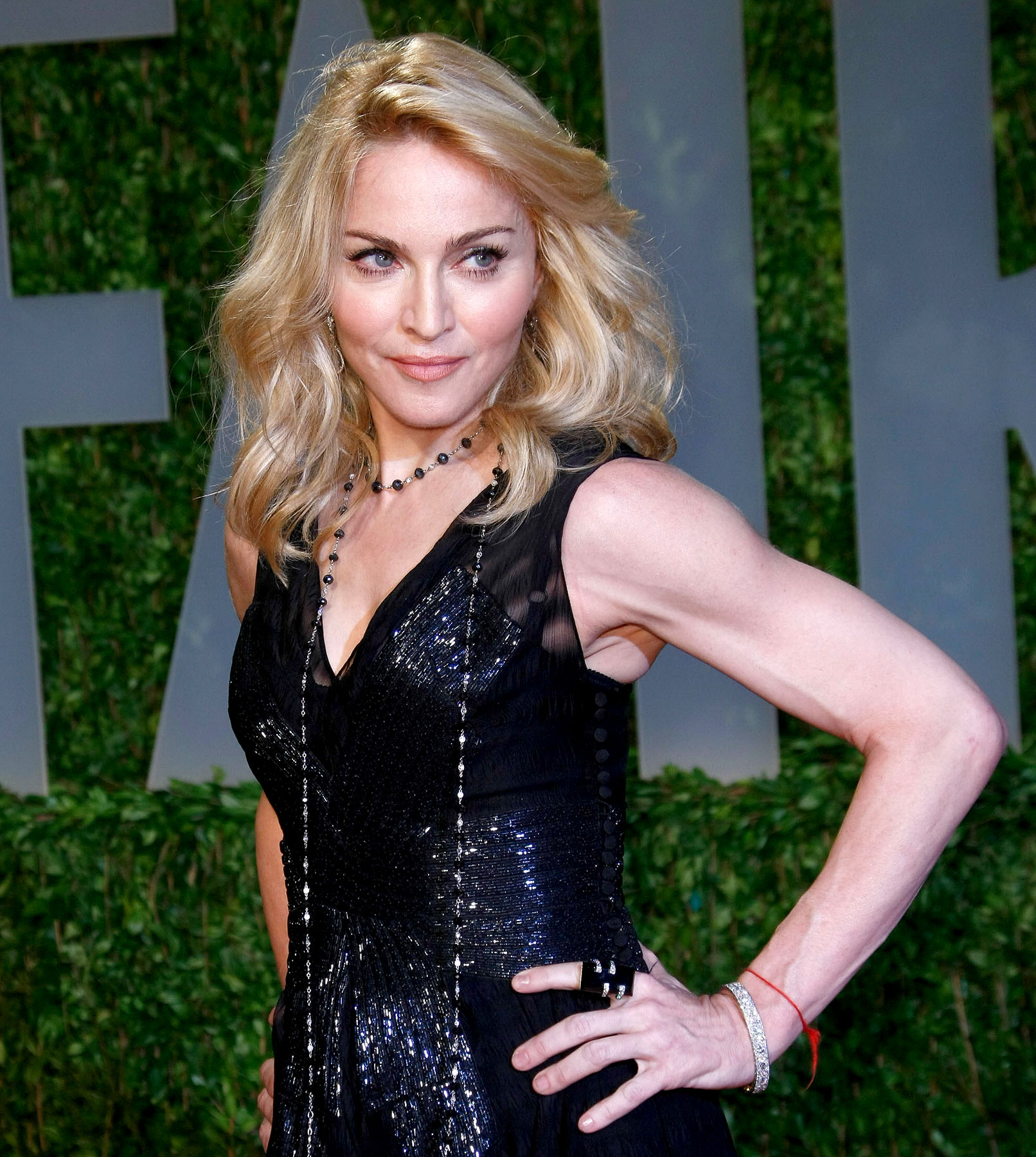 Madonna Strongarms The Oscars