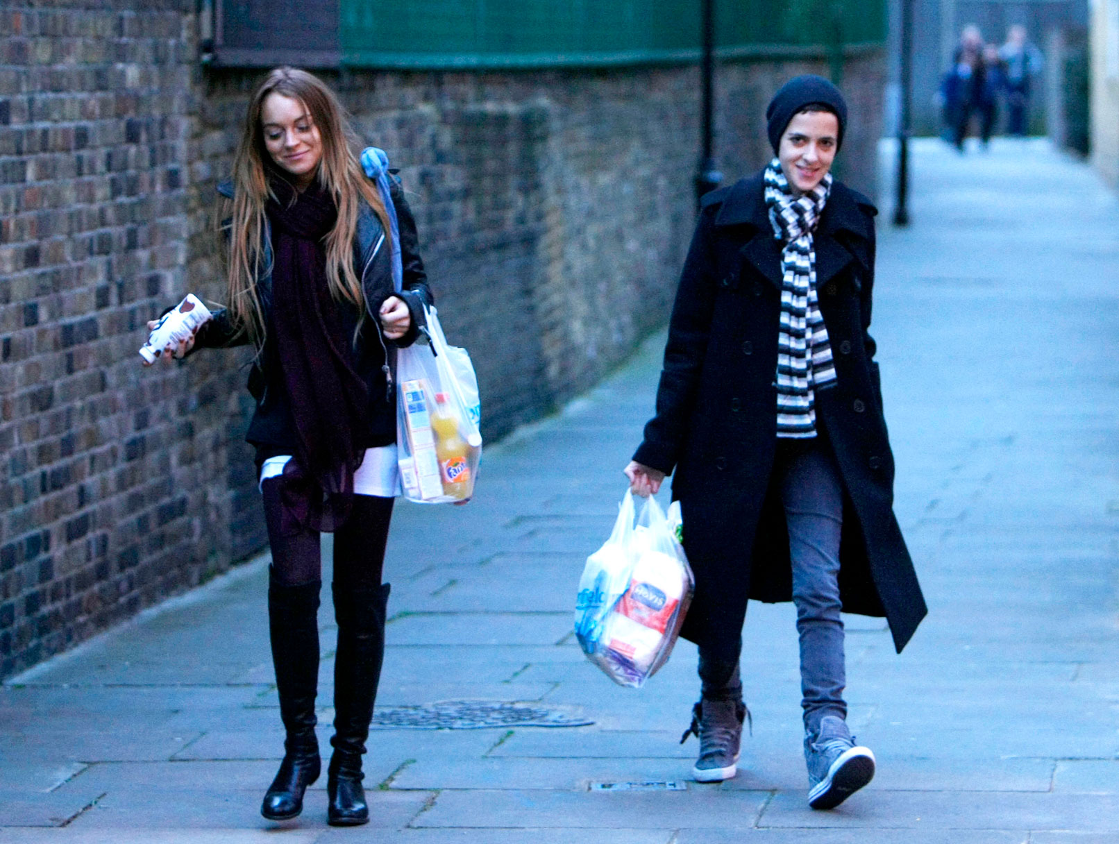 Lindsay Lohan and Sam Ronson: So Happy (Shopping) Together