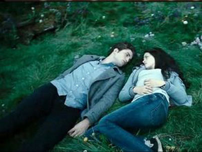 VIDEO: Deleted Scene Puts the Bite Back Into Twilight