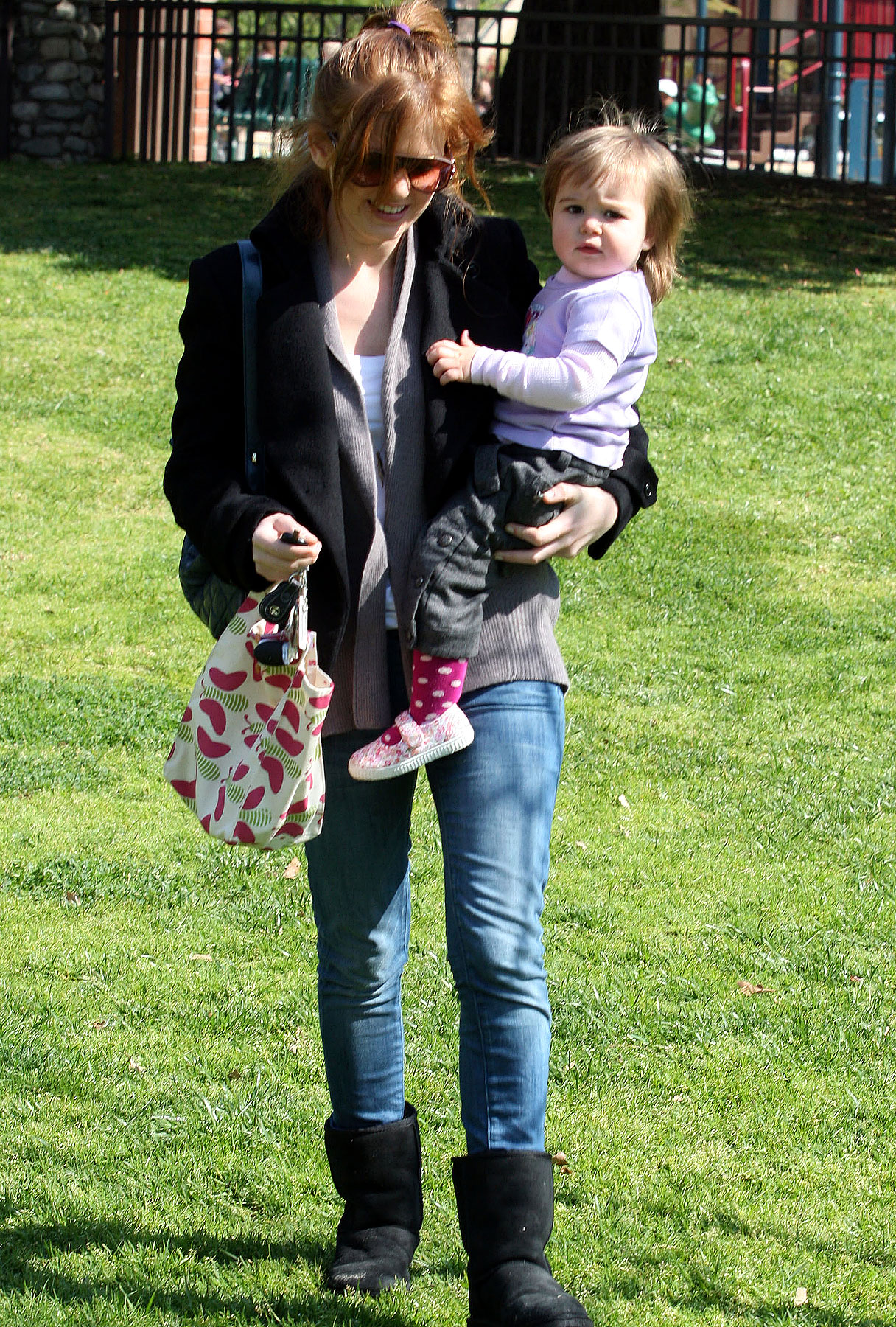 Isla Fisher: Thursday in the Park With Olive