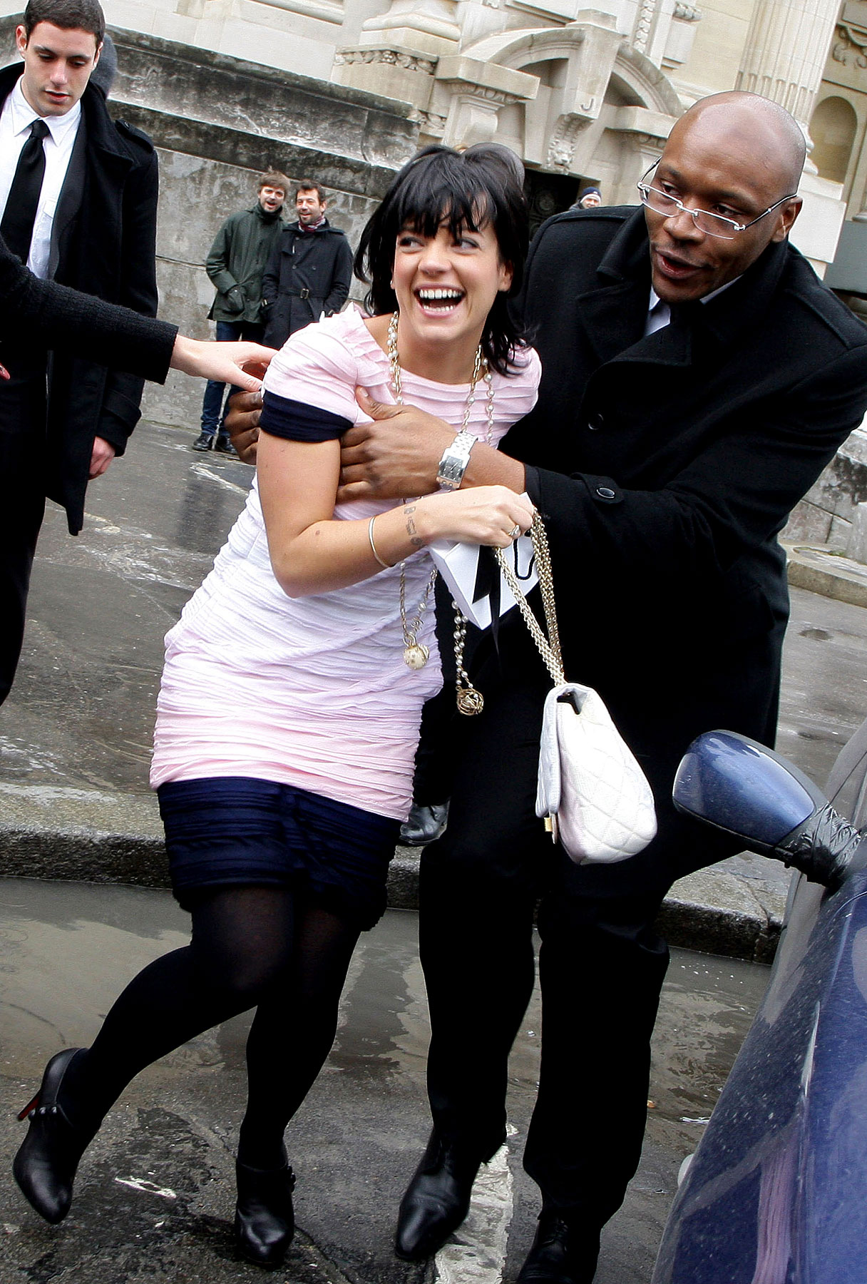 Anonymous Man Has His Hands Full With Lily Allen