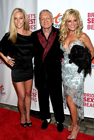 Hef & Kendra Help Bridget Debut 'Beaches'