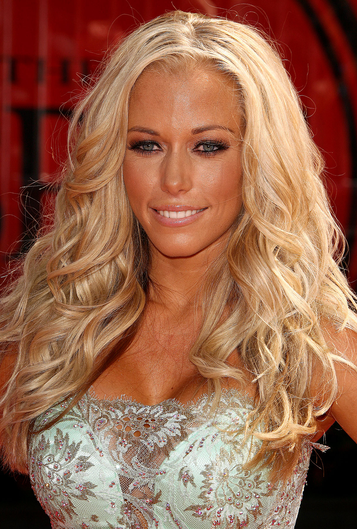 Kendra Wilkinson Talks Bridesmaid Dresses and Bachelorette Parties