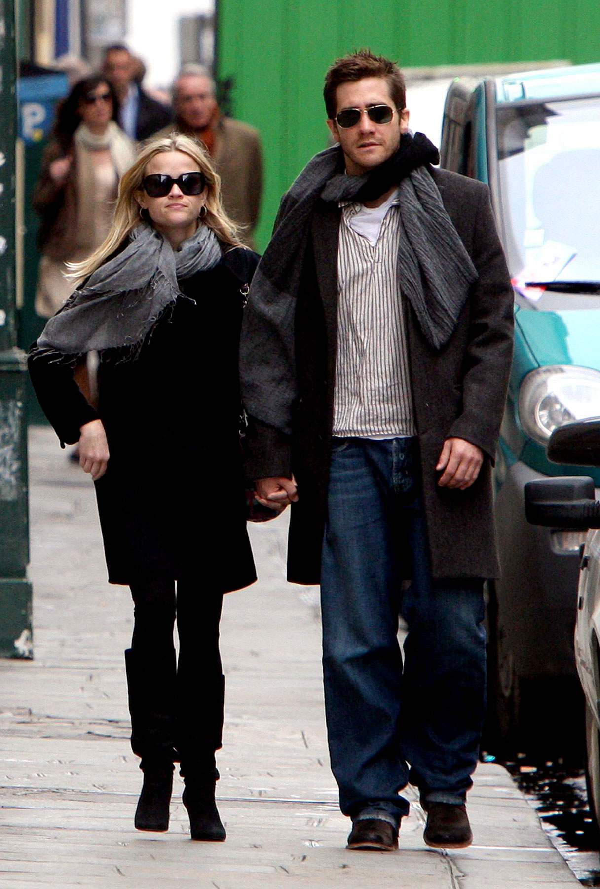 Gyllenhaal and Witherspoon Are Paris Lovers