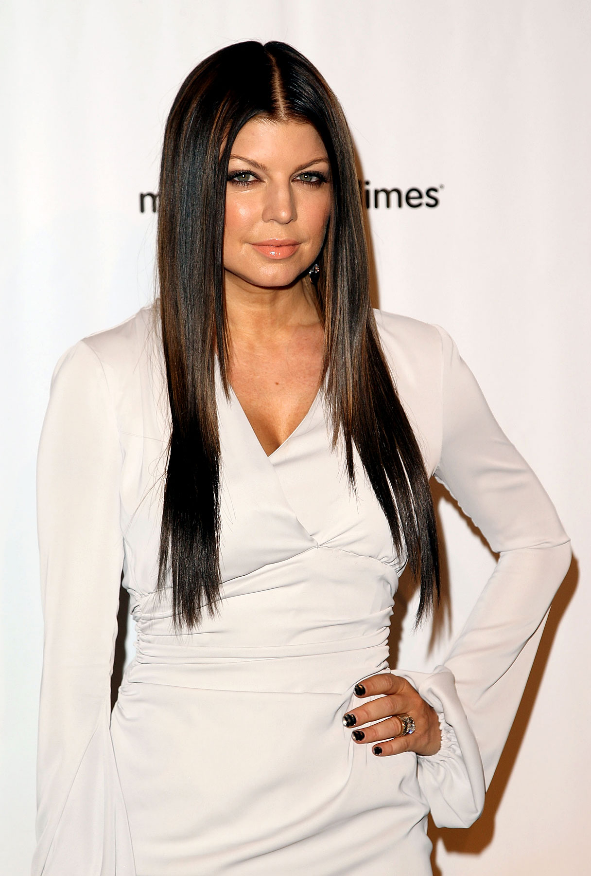Fergie Is a Black-Haired Pea