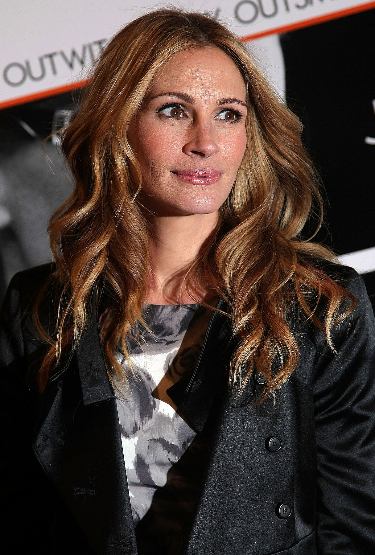 Julia Roberts and Clive Owen Spied at 'Duplicity' Premiere