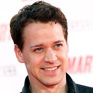 T.R. Knight Escapes Injury in Car Accident