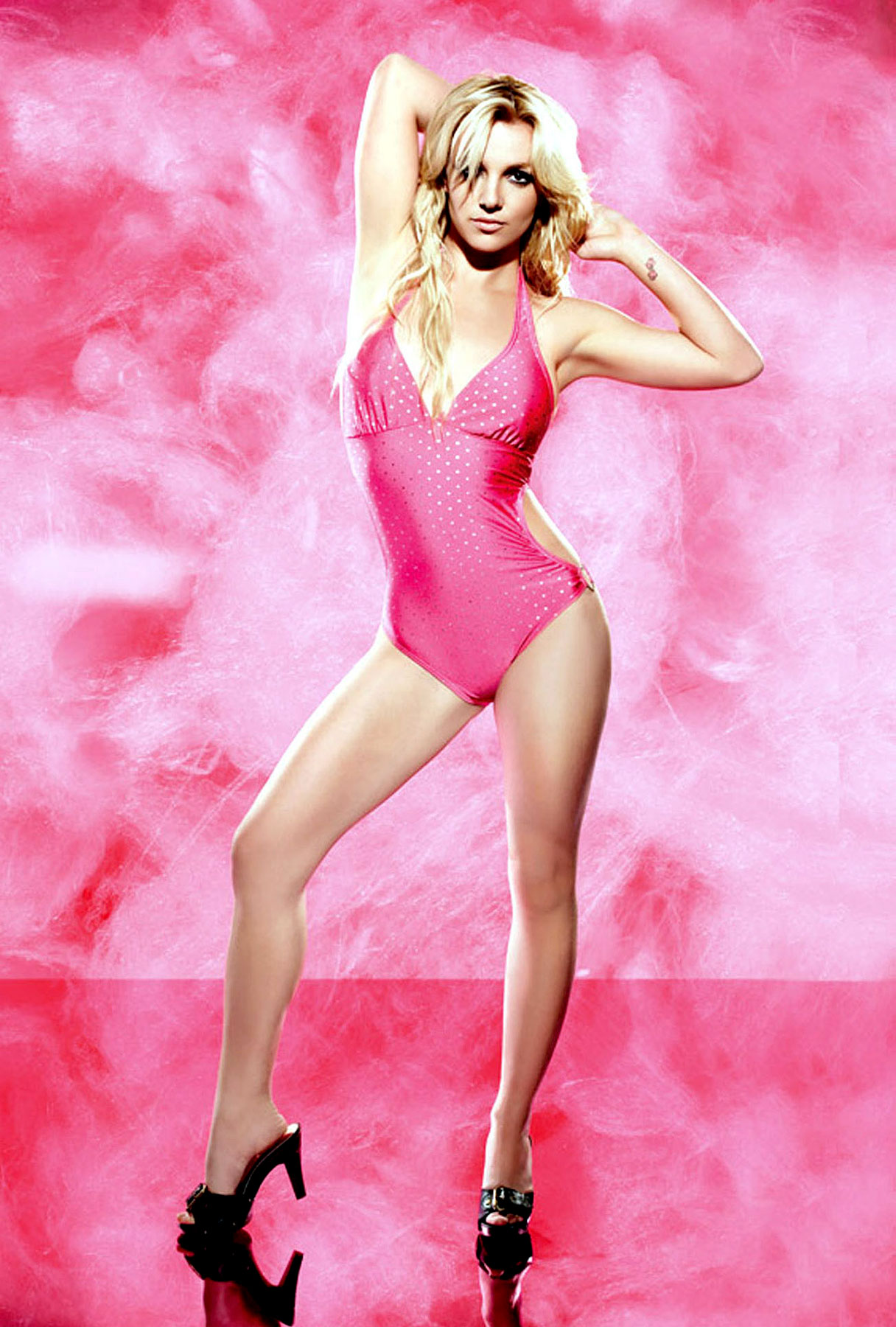 Britney Spears Looks Sweet for Candie's