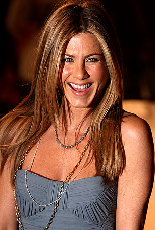 Jen Aniston: Sitting Pretty On $27 Million
