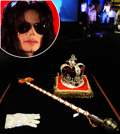 Michael Jackson Brings Gavel Down on Auction