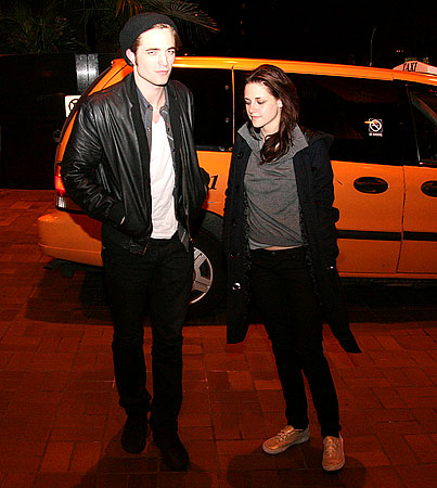 Robert Pattinson and Kristen Stewart Go Home Together After Clubbing Session