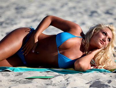 Brooke Hogan Gets Shot on the Beach!