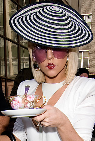 Lady Gaga: Nice Day For a Cup of Tea