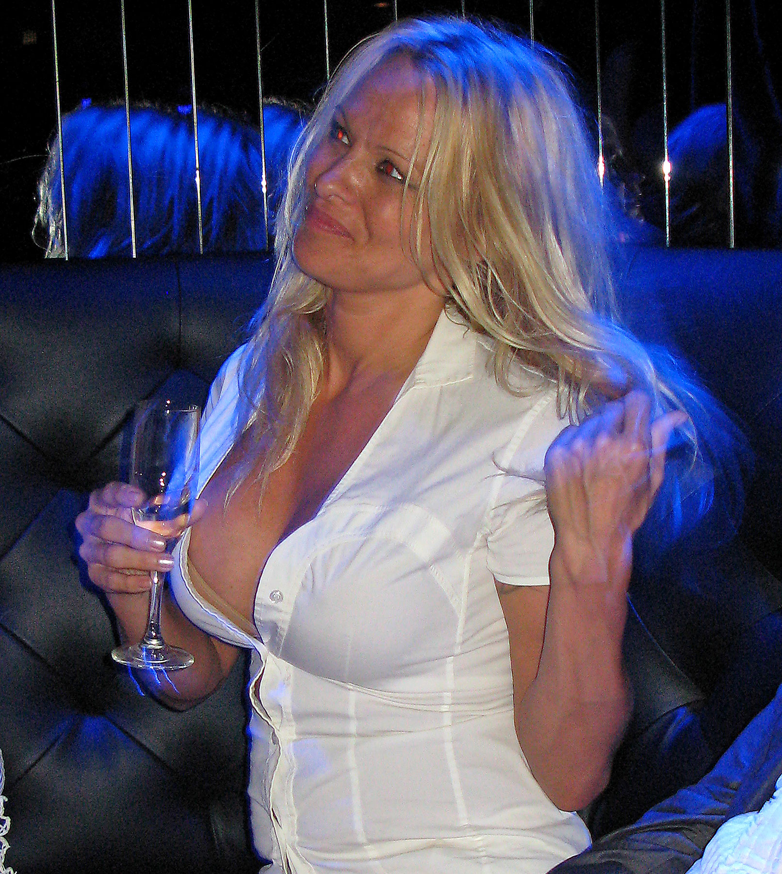Pam Anderson Presses the Flesh at Strip Club/Steak House