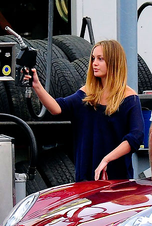 Leighton Meester Gets Totally Pumped