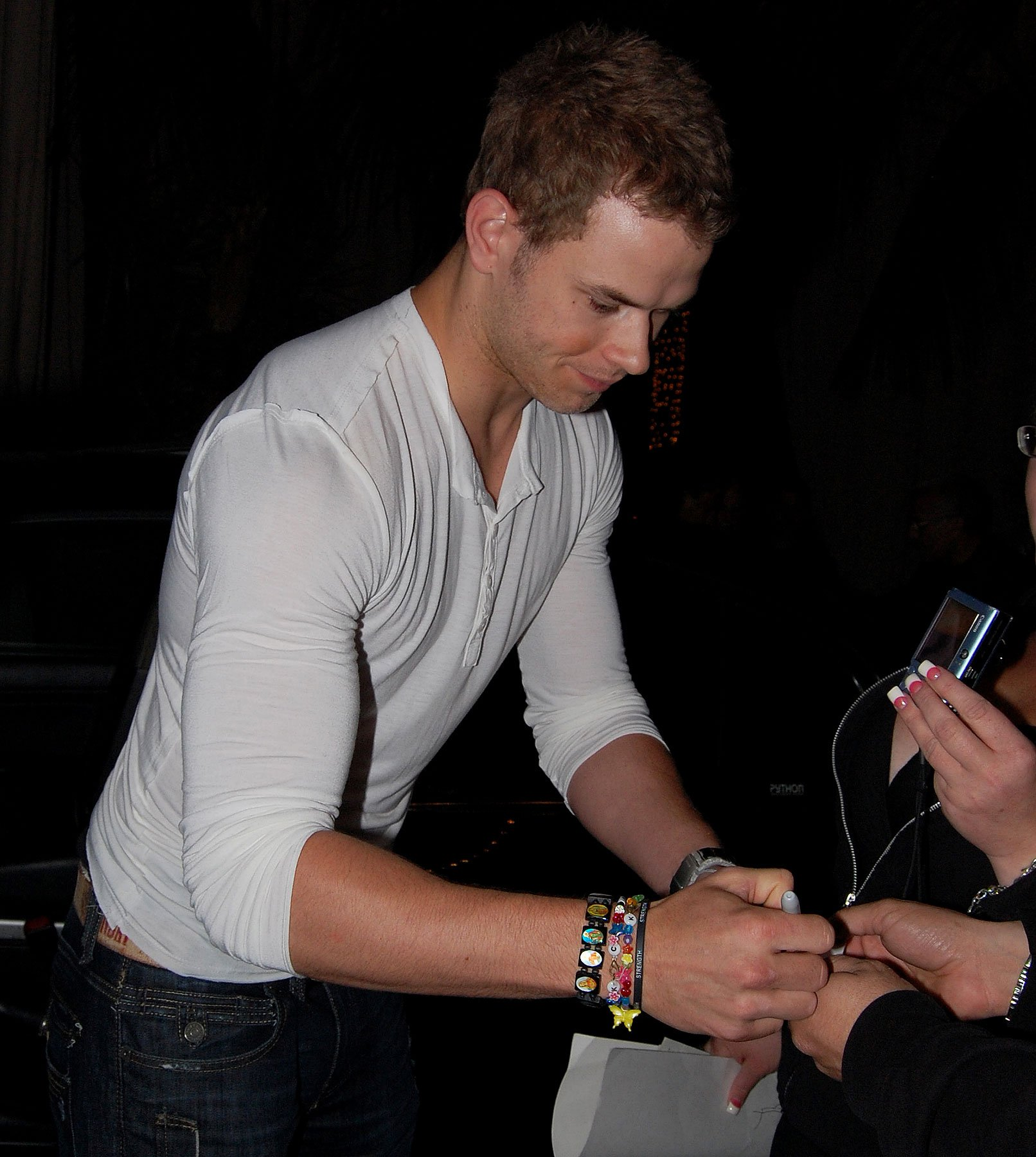 Kellan Lutz Talks RPattz's Birthday Bash and Italy