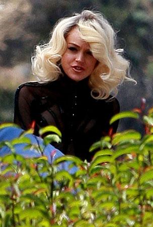 Lindsay Lohan: Again With the Marilyn Monroe Look?