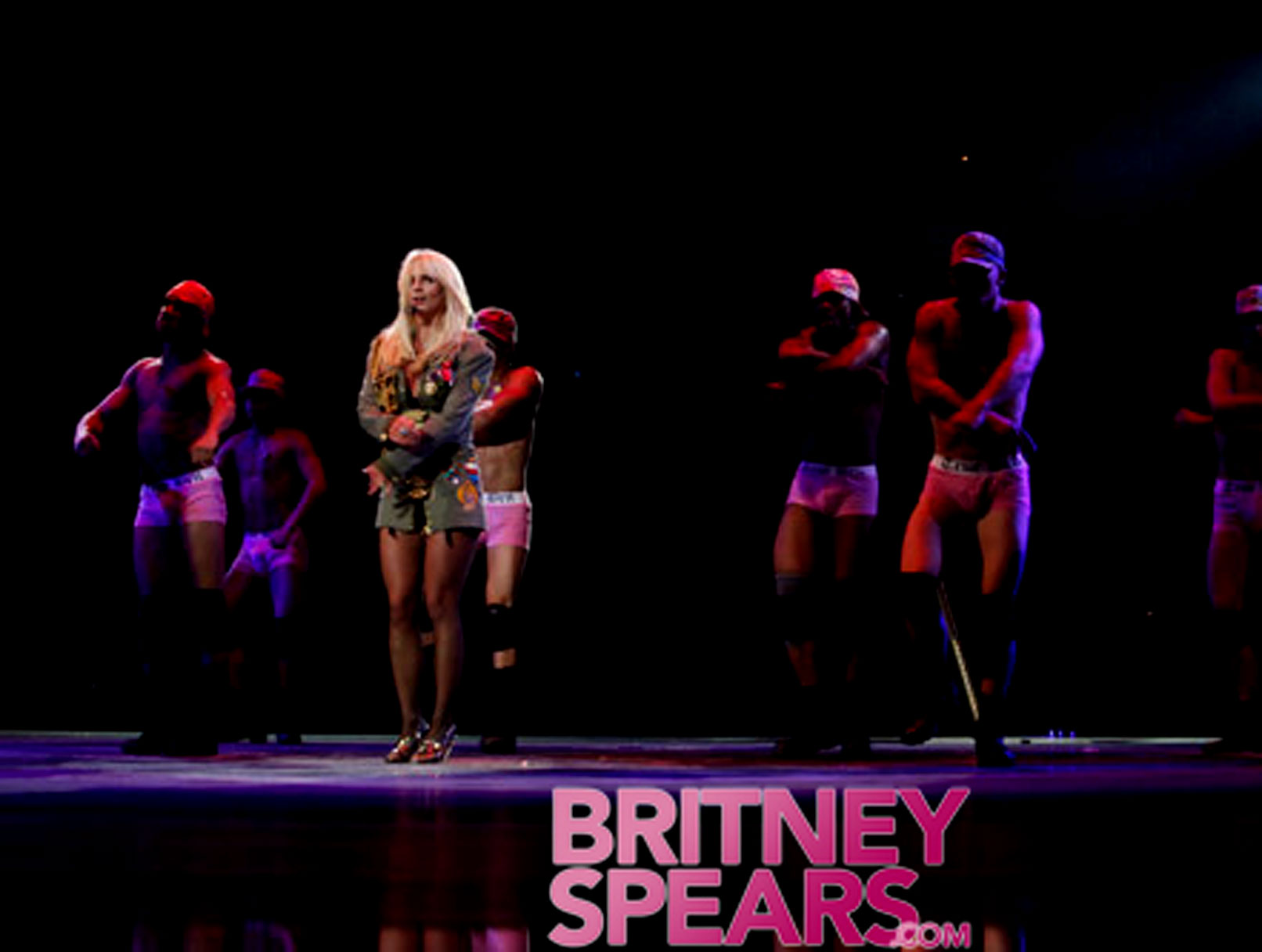 Britney Spears' Backup Dancers Think Pink