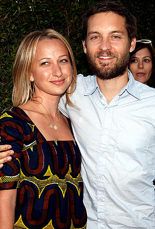 Tobey Maguire and Jennifer Meyer: It's a Boy!