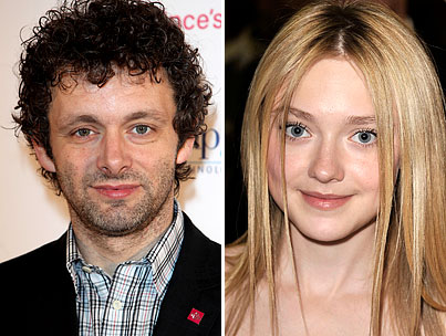 "New Moon's Michael Sheen: Dakota Fanning Looks ""Unsettling"""