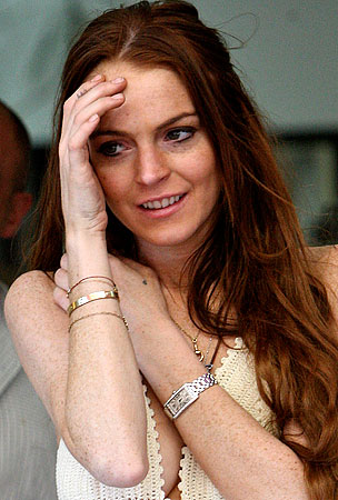 Bad Guys Break Into Lindsay Lohan's House, Find Big Mess