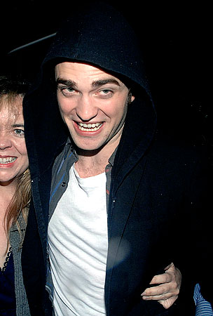 PHOTOS: Robert Pattinson Celebrates His 23rd Birthday