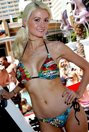 UPDATE: Holly Madison Will Go Topless in Peepshow