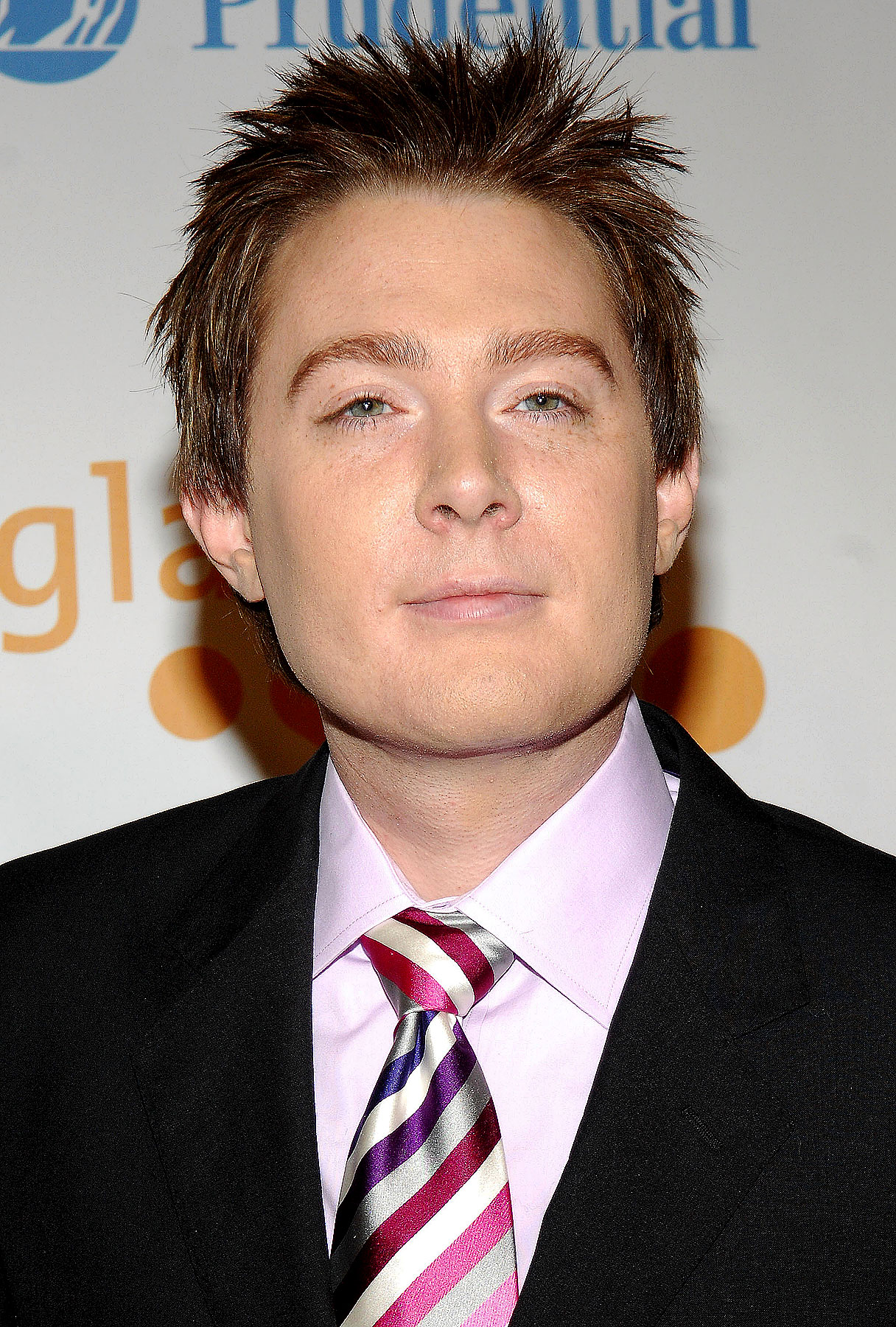 "Clay Aiken Says Adam Lambert ""Made My Ears Bleed"""