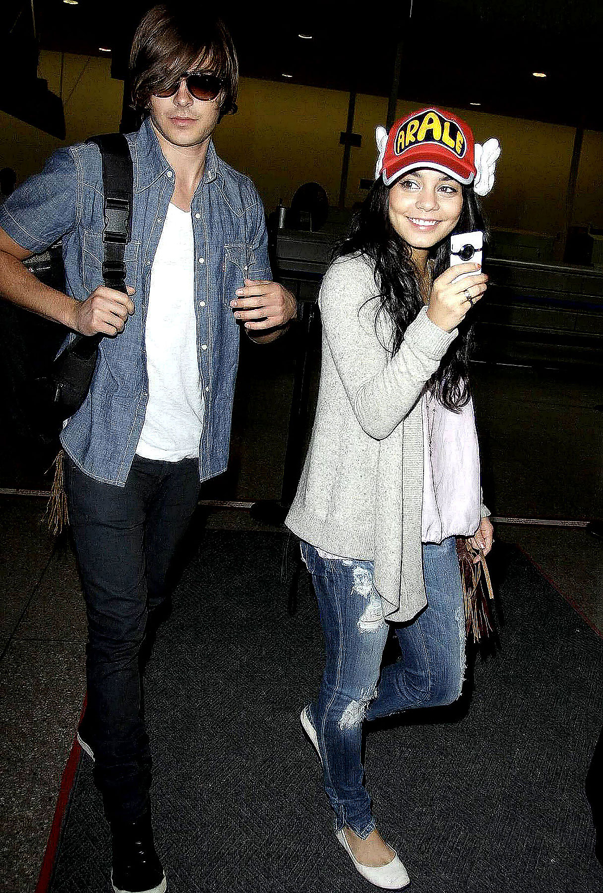 Zac Efron and Vanessa Hudgens Are Back From Japan!
