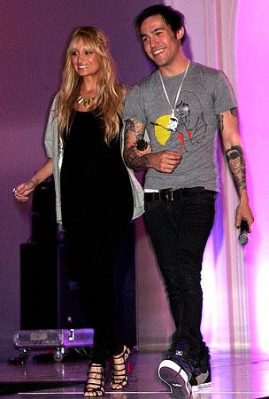 Pete Wentz and Nicole Richie Get Fashionably Friendly