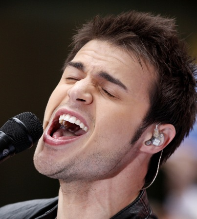 Kris Allen to Sing National Anthem at NBA Finals