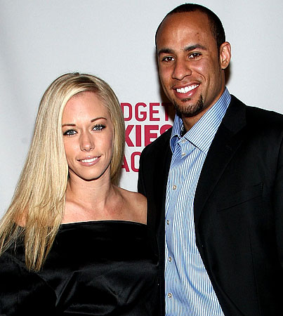 Kendra Wilkinson's Fiance Has a Hairy Situation