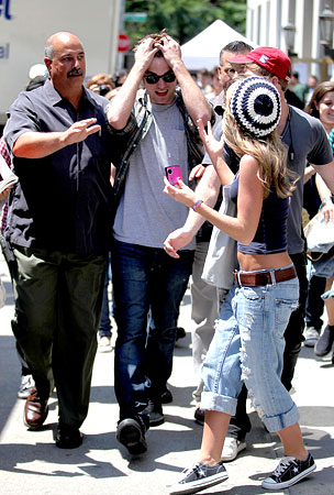 Robert Pattinson Gets Mobbed, Hit By Cab!