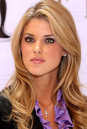 Carrie Prejean to Miss California Pageant: Sue You!