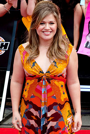 VIDEO: Kelly Clarkson Has No Pity for Perez