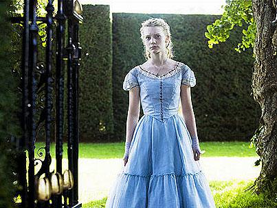 Tim Burton's 'Alice in Wonderland': New Images