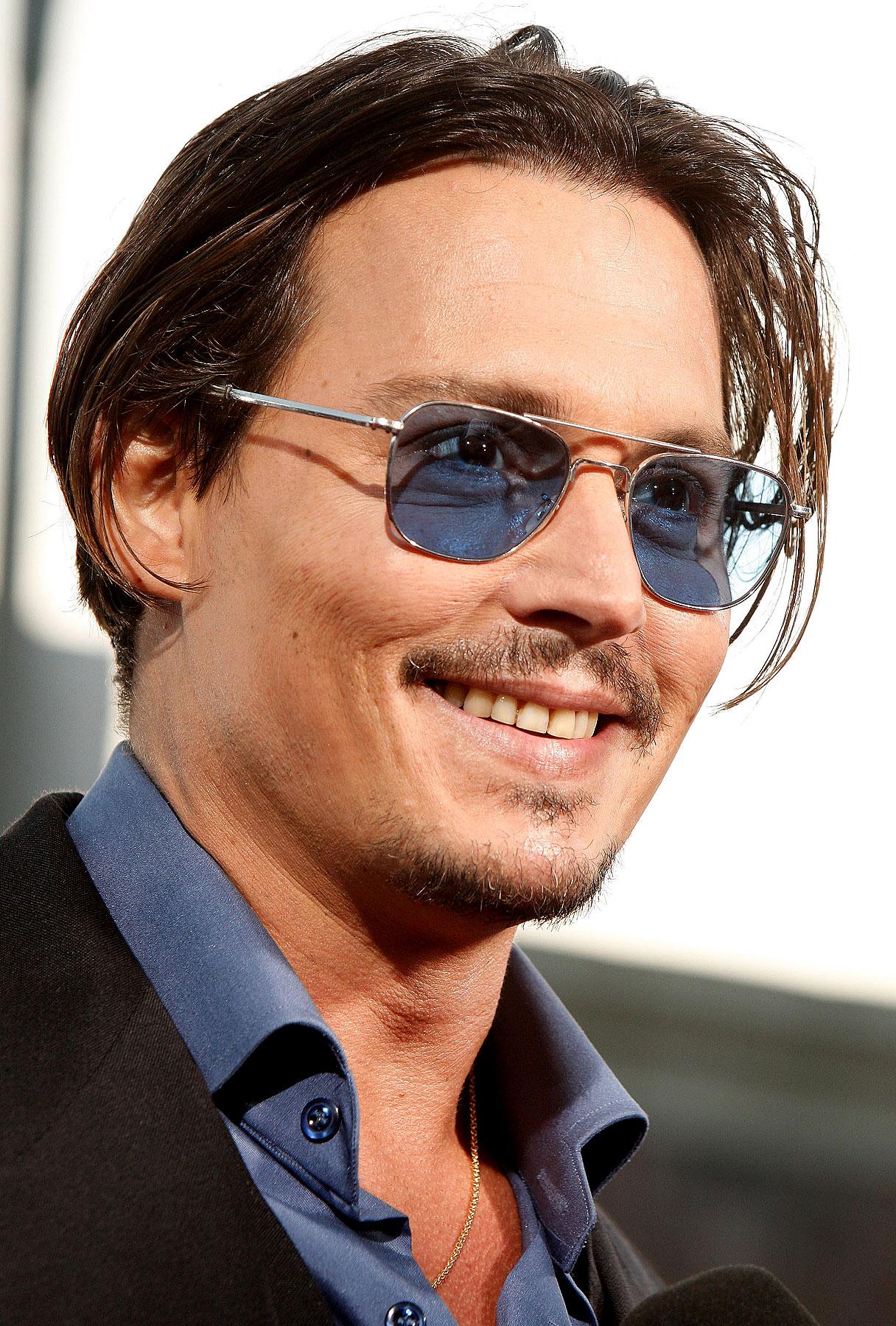 Johnny Depp Is a Good Tipper