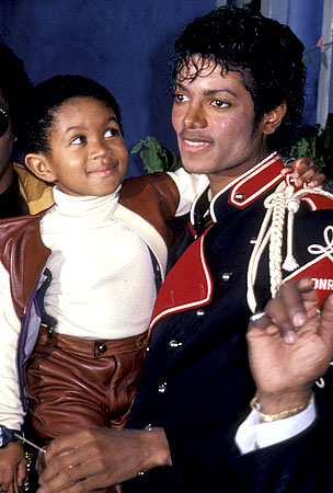 "Emmanuel Lewis ""Devastated"" by Michael Jackson's Death"
