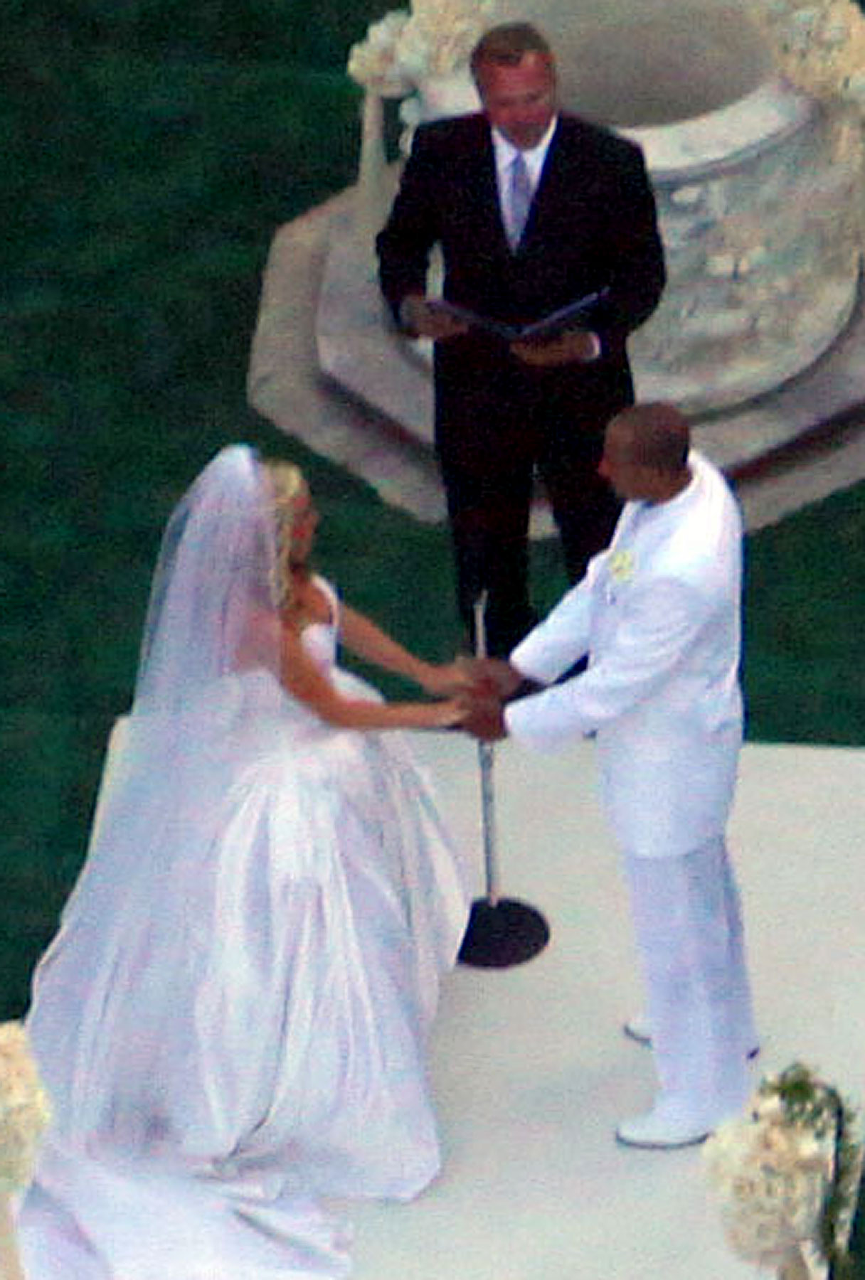 Kendra Wilkinson Weds Hank Baskett