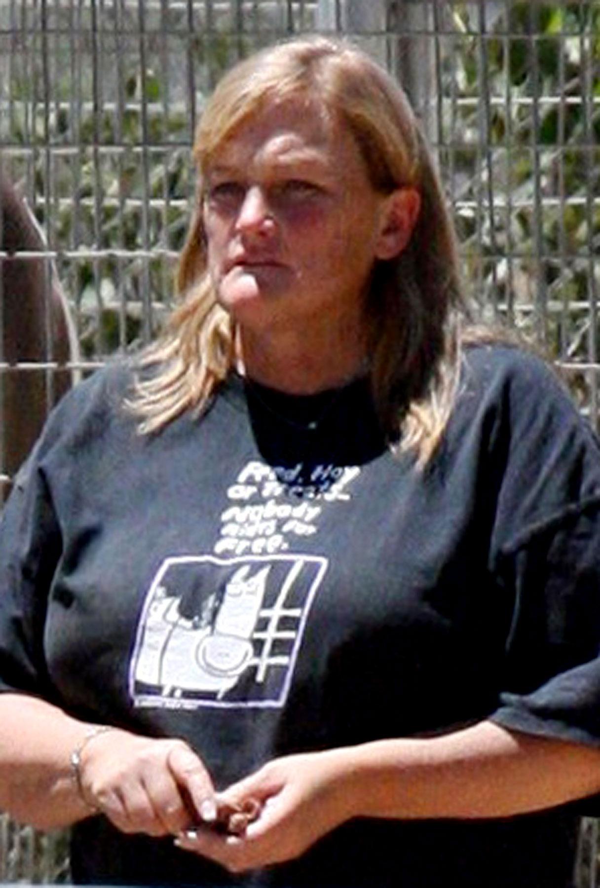 Debbie Rowe Denies Seeking $4 Million for Jackson's Kids-photo