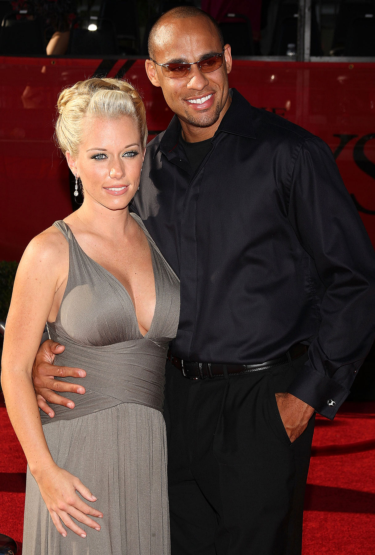 Kendra Wilkinson Says Pregnancy's a Real Gas