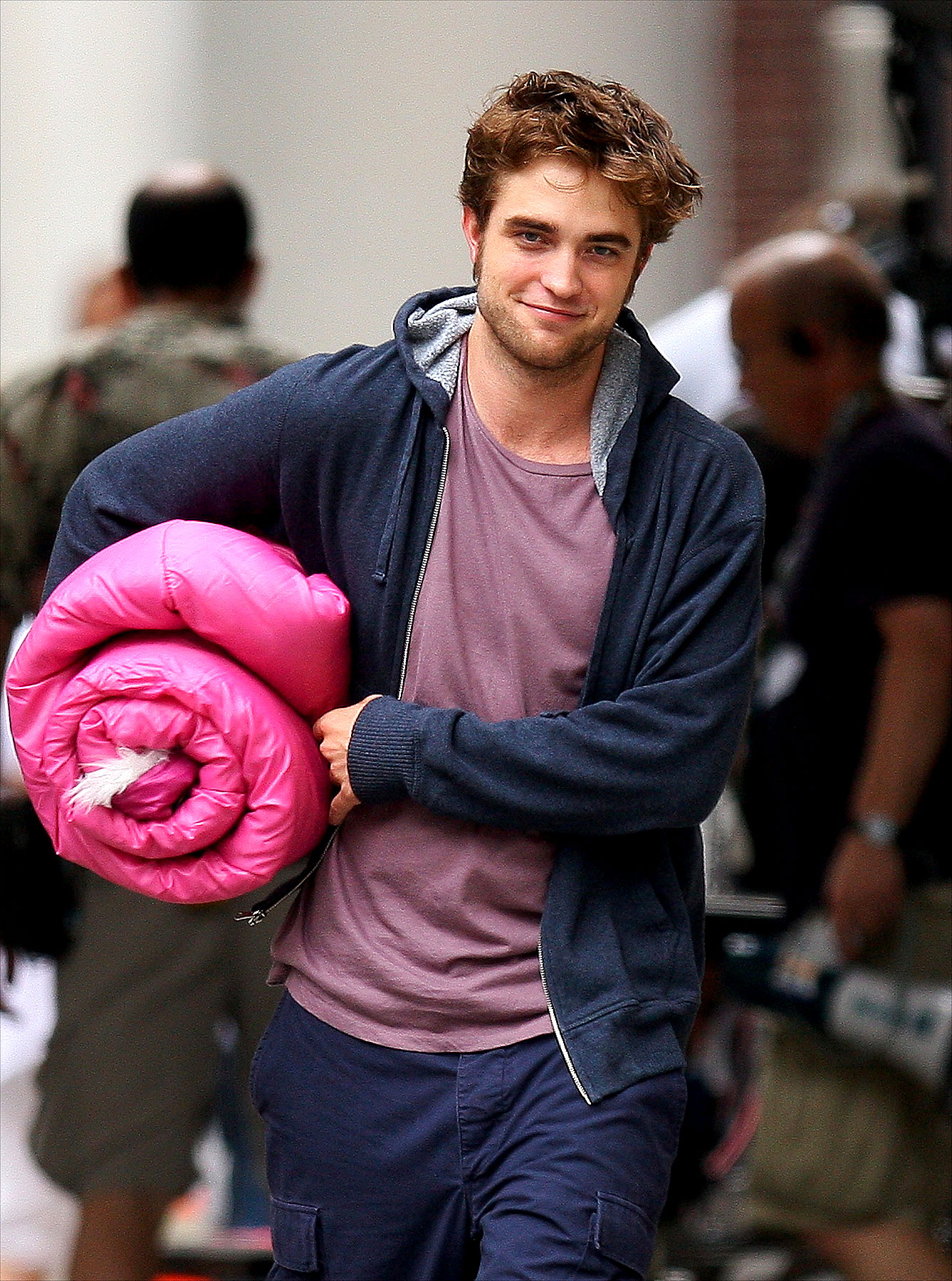PHOTO GALLERY: Robert Pattinson's Pink Sleeping Bag