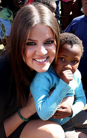 Khloe Kardashian Feeds the Children