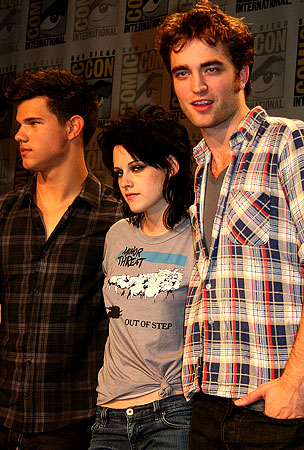 VIDEO: 'New Moon' Secrets Revealed At Comic-Con Press Conference