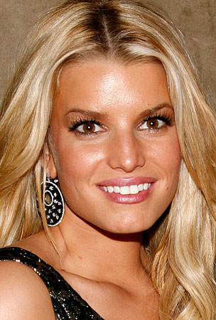 Jessica Simpson Gets Over Tony Romo With Jewelry