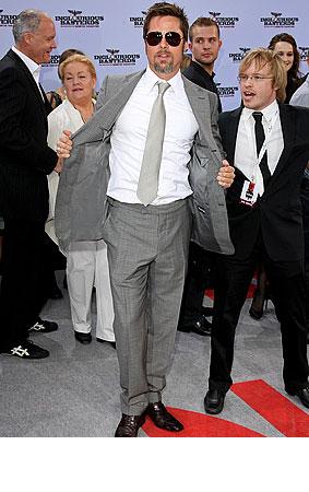 PHOTO GALLERY: Brad Pitt is a Gray 'Basterd'